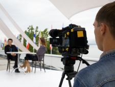 WHAT DOES AN ONLINE CORPORATE VIDEO COST?